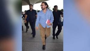 आमिर खान हाथ में महाभारत लिए घूम रहे हैं, बनेंगे भगवान कृष्ण?