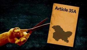 जम्मू-कश्मीर: धारा 35A पर SC में सुनवाई के विरोध में घाटी बंद, क्या हट जाएगा कश्मीर से विशेष राज्य का दर्जा?