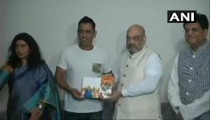 Sampark for Samarthan: BJP chief Amit Shah, Union minister Piyush Goyal meet MS Dhoni