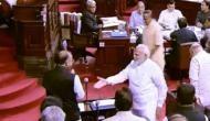 3 महीने बाद संसद पहुंचे अरुण जेटली ने पीएम मोदी से हाथ मिलाने से कर दिया इंकार