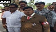 भारतीय संसद पहुंचा 'हिटलर', देखकर सांसद रह गए हैरान