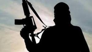 Militants attack police station in Kashmir, cop injured