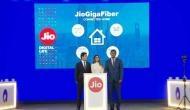 Jio GigaFiber की चाहत रखने वालों के लिए बुरी खबर, ग्राहकों को करना पड़ेगा लंबा इंतजार!
