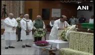 अटल बिहारी वाजपेयी का पार्थिव शरीर भाजपा मुख्यालय में रखा गया, अंतिम दर्शन को लंबी कतारें