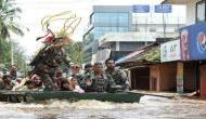 Video: केरल की बाढ़ में जिंदगी से जूझते लोगों को जान पर खेल कर बचाते सेना और NDRF के जवान