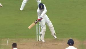 Video: एंडरसन की गेंद पर अजीब तरीके से बोल्ड हुए बुमराह, ड्रेसिंग रूम में बैठे कोहली की छूट गई हंसी