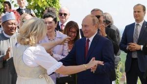 रूसी राष्ट्रपति व्लादिमीर पुतिन ने ऑस्ट्रिया की विदेश मंत्री की शादी में किया जबरदस्त डांस, वीडियो वायरल