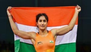 Asian Games 2018: Bollywood stars commends 'golden girl' Vinesh Phogat