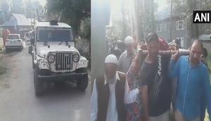 जम्मू कश्मीर: बकरीद पर भी बाज नहीं आए आंतकी, नमाज पढ़ने गए पुलिसकर्मी की हत्या की