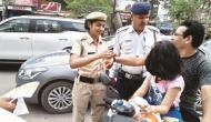 यहां ट्रैफिक नियम तोड़ा तो महिला पुलिस आपको बनाएगी अपना भाई, राखी बांधकर देगी जानकारी