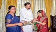 Raksha Bandhan: External Affairs Minister Sushma Swaraj ties rakhi to Vice President Venkaiah Naidu