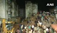 गुजरात: अहमदाबाद में सरकारी आवास बिल्डिंग गिरने से 1 की मौत, कई लोगों के दबे होने की आशंका