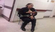 6 महीने की बच्ची को भूखा देख पिघल गया महिला ऑफिसर का दिल, सरेआम पिलाने लगी दूध