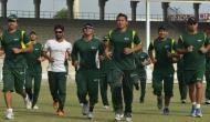 पाकिस्तान का ये तूफानी बल्लेबाज इस देश के लिए करेगा छक्कों की बरसात