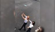 VIDEO: जब 'किकी चैलेंज' के लिए जहाज से उतरी महिला पायलट और जमीन पर उतर के करने लगी डांस