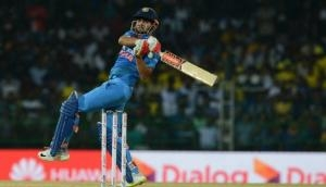टीम इंडिया में आने को बेताब इस प्लेयर ने मचा रखा है कोहराम, 261 के औसत से ठोक रहा है रन