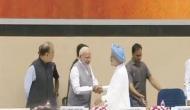 PM मोदी के सामने शायराना अंदाज में बोले मनमोहन सिंह- अभी इश्क के इम्तेहां और भी हैं