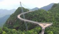 दुनिया के 10 सबसे खतरनाक पुल, जिन पर चलने वालों की सांसें थम जाती हैं