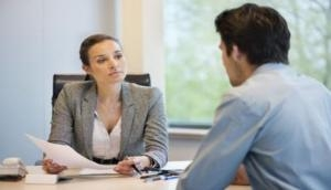 अपने बॉस की हां में हां के मिलाने के ये होते हैं फायदे और नुकसान...