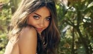 This is why Modern Family fame Sarah Hyland works out naked in the mirror