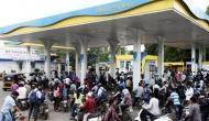 पेट्रोल-डीजल की घटी बिक्री तो पंप मालिक ने दिया ये लुभावना ऑफर, अब लग रही लंबी लाइन