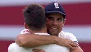 एलिस्टर कुक ने संन्यास के बाद बताया अपना सर्वश्रेष्ठ क्रिकेट खिलाड़ी