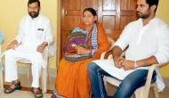 Ram Vilas Paswan's daughter threatens to sit on strike over his 'Angootha chhap' jibe against Lalu Yadav's wife Rabri Devi