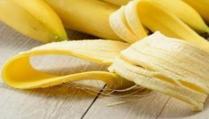 सोने से पहले उबालकर खाएं केला, कुछ ही दिन में दिखाई देगा चमत्कार