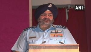 Social media causing sleep deprivation in pilots: IAF Chief