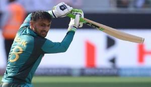 Asia Cup 2018: सरफराज और शोएब मलिक ने संभाली पाकिस्तान की पारी, स्कोर 100 के पार