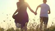 पति गया दुबई तो प्रेमी संग फरार हो गई तीन बच्चों की मां, थाने जाकर पति के खिलाफ लिखा दी रिपोर्ट