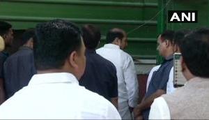 किसान क्रांति पदयात्रा: किसानों की मांग को लेकर गृह मंत्री राजनाथ सिंह से मिलने पहुेंचे यूपी के गन्ना मंत्री