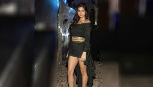 Suhana Khan, SRK daughter looks adorable in an oversized denim jacket; see her breathtaking pic