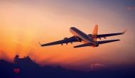 टीचर ने हवाई जहाज में बनाए छात्र के साथ संबंध, 9 महीने बाद सामने आई ये सच्चाई