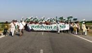 MP: दिल्ली की सड़कों पर 25 हजार भूमिहीनों का होगा सत्याग्रह, सरकार के खिलाफ खड़े हुए RSS और BJP के ये नेता