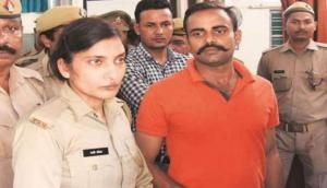 Vivek Tiwari Murder Case: UP cop suspended for supporting accused Prashant Chowdhary who shot Apple executive