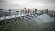 500 फीट ऊंचे पुल पर हुआ दिल दहला देने वाला हादसा, ऐसे बच गई युवक की जान