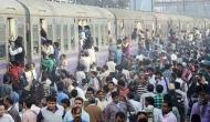 गुजरात से भगाए जा रहे उत्तर भारतीयों ने बताई खौफनाक आपबीती- हिंदी बोलते ही कहते हैं 'मार दो'