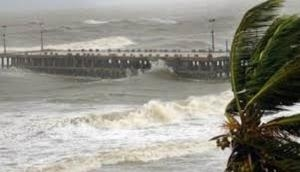Heavy rains likely in Gangetic West Bengal as Cyclone Titli moves northeastwards