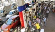 आज नहीं बढ़े पेट्रोल के दाम, डीजल की कीमतों में हुई इतने रुपये की बढ़ोतरी