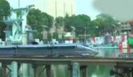 Video: कोलकाता में चली देश की पहली 'बुलेट ट्रेन', एक लाख से कम की लागत में हुई तैयार