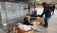 इस देश में लागू हैं अजीबोगरीब कानून, बेघर लोगों के सड़क पर सोने पर है पाबंदी