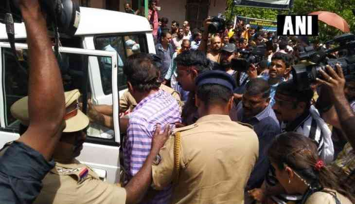 Protesters on streets, agitate over women's entry to Sabarimala temple