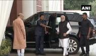 BJP हेडक्वार्टर में थी पार्टी मीटिंग, PM मोदी को इस तरह रिसीव करने आए अमित शाह