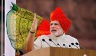 लाल किले पर तिरंगा फहरा कर PM मोदी ने रच दिया इतिहास, किसी भी पूर्व प्रधानमंत्री ने नहीं किया ऐसा