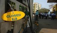 पेट्रोल हुआ सस्ता लेकिन आज बंद रहेंगे 400 पेट्रोल पंप, सड़कों पर नहीं दिखेंगी गाड़ियां !