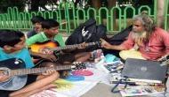 गिटार राव हैं दुनिया के सबसे कम फीस लेने वाले टीचर, एक रुपये में देते हैं संगीत की शिक्षा