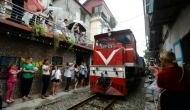 करोड़ों यात्रियों के लिए खुशखबरी, रेलवे ने PNR नियम में किया ये बड़ा बदलाव