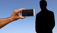 आपका स्मार्टफोन दे रहा है ये खतरनाक बीमारियां, सबसे जानलेवा है सेल्फी लेने की आदत : शोध