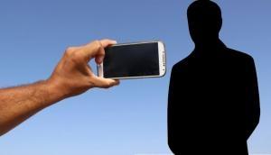 आपका स्मार्टफोन है इन खतरनाक बीमारियों का घर, शोध में हुए होश उडा देने वाले खुलासे